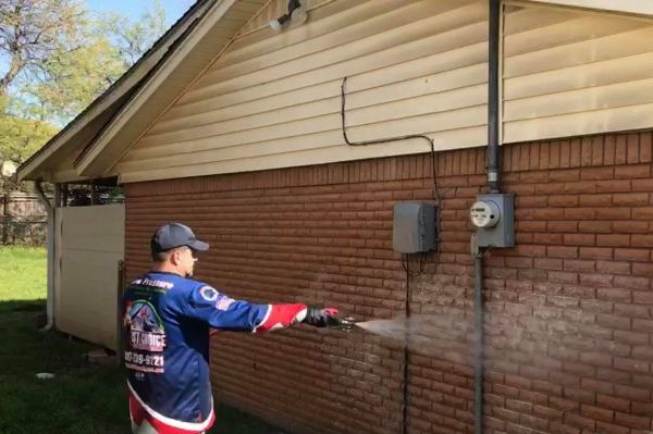 house washing pressure washing dallas fort worth